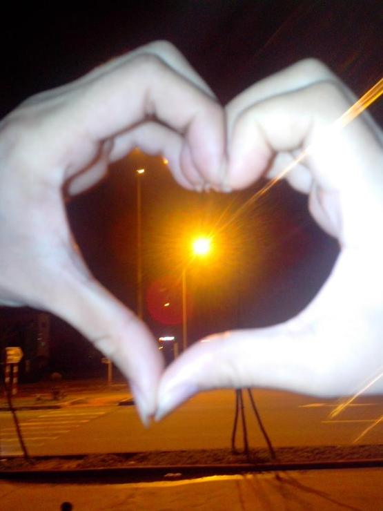 Tình yêu đơn giản là hiểu nhau